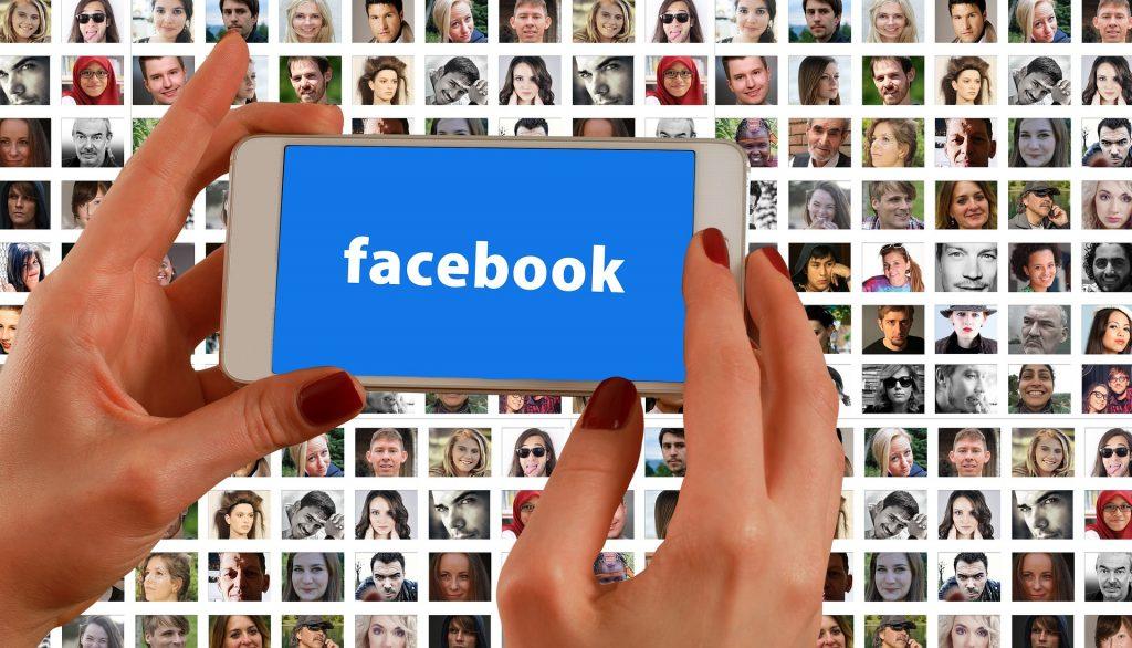 software auto post facebook